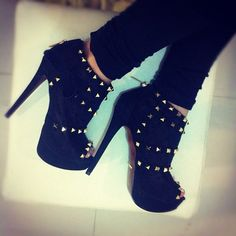 Studded platform booties. hot shoes, fashion shoes, girl fashion, ankle boots, high heel boots, stud, black heels, girls shoes, inspiring pictures