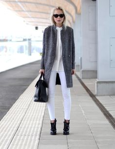 Love the black sunglasses, boots and purse on an otherwise white and grey outfit. Well done, StyleUp