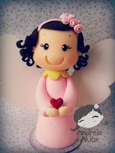 23/08 - Anjinha Julia personalizada para o batizado !! Obrigada a Mamãe Denise Garrido de Agostino - São Paulo-SP ♥ by Andreia Akita, via Flickr