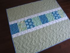 Simple quilt with zigzag quilting