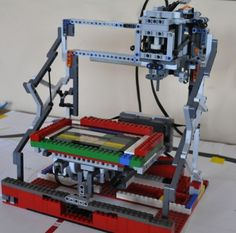 Lego 3D Printing-Milling Machine