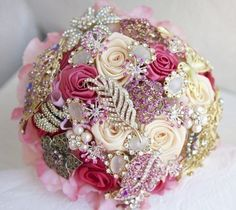 Wedding bouquet with brooch jewelry.