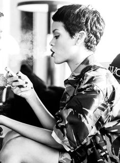 Rihanna #smoking