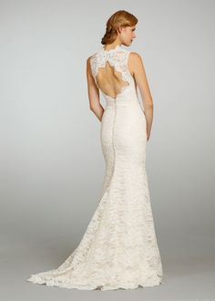 Keyhole back lace wedding dress by Jim Hjelm