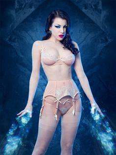 Amelie Suspender Belt - Kiss Me Deadly