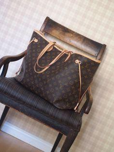 Louis Vuitton Neverfull Handbags - Only $235.99!
