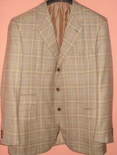 Fantastic Brioni Nomentano wool / silk blazer by Dressyouwant, €250.00