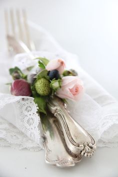 Roses and unripened strawberries