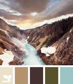 Color combo: Color canyon - tans, brown, khaki, blue