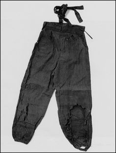 Monpe (Women's Work Pants). Kimiko Nishimaru (15 at the time) was working in communication services under the Student Mobilizaion Order at the army's district headquarters, 800 meters from the hypocenter. Badly burned over her whole body, she crawled home and received treatment from her parents. She died, however, on August 12, 1945.
