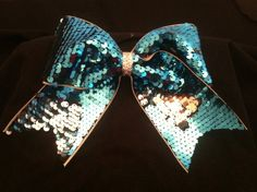 <3sequin cheer bow