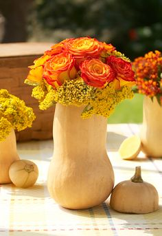 squash-vase-flowers-thanksgiving