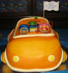 Coolest team umizoomi party! Best cake I've seen!