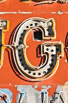 G signage