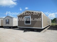 $46,900 http://mhdeals.net/gallery/singlewide-trailers/Porter-TX-2010CLY32-V  (210)-887-2760 A beautiful 3 bedroom 2 bathroom single wide manufactured home ready to move in Porter, TX. With a great looking kitchen with island and a dining room area, all on tile laminate. This home comes with a gorgeous looking soaker tub and separate shower in the master bathroom, and carpeting throughout most of the home. LIC 36155 #porter #Home #Beautifulhome