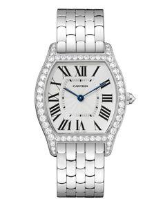 Pré-SIHH 2014: la montre Tortue en or gris et diamants de Cartier http://www.vogue.fr/joaillerie/le-bijou-du-jour/diaporama/la-montre-tortue-de-cartier-sihh-2014/16941#!la-montre-tortue-or-gris-de-cartier-sihh-2014
