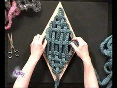 Cómo tejar un saco en telar - YouTube