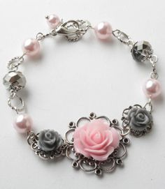 vintage style flower bracelet