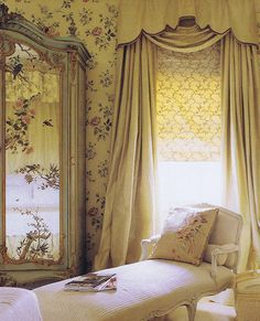 Love the window drapery
