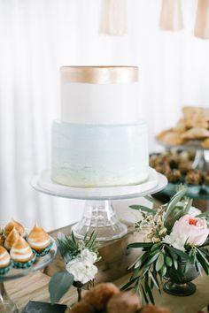 Spectacular Entertaining Events| Serafini Amelia| Wedding Styling| metallic beach wedding cake, photo by Beaux Arts Photographie http://ruffledblog.com/rancho-palos-verdes-wedding #weddingcake #cakes #beachwedding