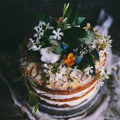Wedding cake inspo <3