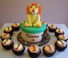 Lion themed First Birthday cake and cupcakes by cakespace - Beth (Chantilly Cake Designs), via Flickr