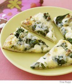 White & green pizza::