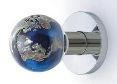 Globe doorknob
