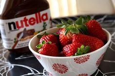 strawberries + nutella