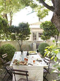 modern gardens, dining areas, summer picnic, al fresco dining, dinner parties