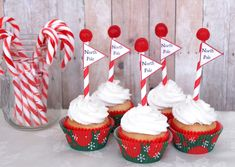 North Pole Cupcakes Recipe - Momtastic