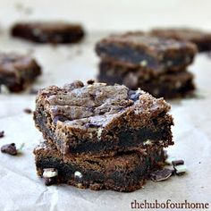 The Hub of our Home: Mint Chocolate Cookie Bars