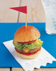 Wedding Day Kids Table Food -Mini Turkey Burgers    Turkey burgers made for tiny mouths.