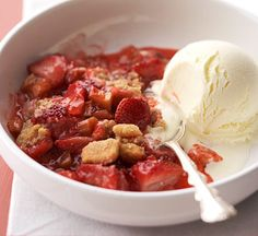 Serve this Grilled Strawberry-Rhubarb Cobbler with creamy lemon ice cream. More irresistible grilled desserts: http://www.bhg.com/recipes/grilling/grilled-desserts/?socsrc=bhgpin081513cobbler=5