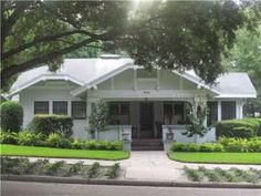 Historic Hyde Park Bungalow with Views of Bayshore! 906 South Willow Avenue, Tampa FL