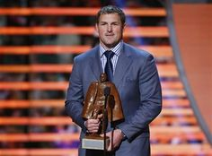 Jason Witten Wins the Walter Payton NFL Man of the Year Award!