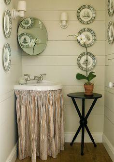 Kristen Buckingham Interior Design | Portfolio; adorable casual powder room