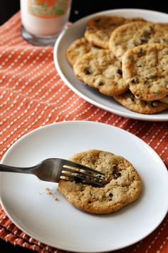 Chocolate chip cookies free of eggs, dairy, and gluten