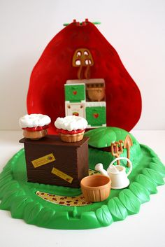 The Strawberry Shortcake Berry Bake Shop by Wendy Copley, via Flickr