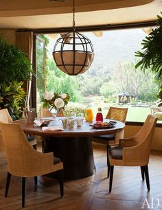 Dining   Gorgeous!
