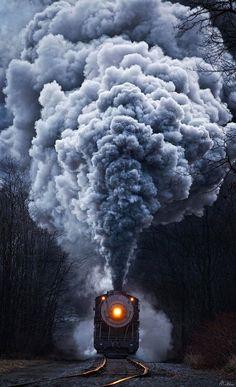 Self-Taught Photographer Travels the US Capturing Extraordinary Photos of Steam Locomotives