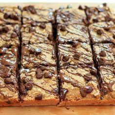 Healthy Banana Bread Chocolate Chip Oat Breakfast Bars {vegan and gluten-free}