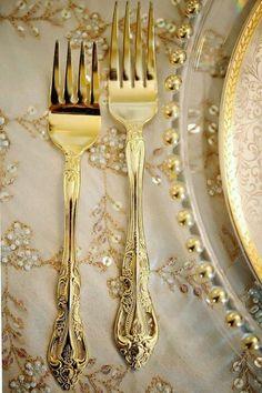 Gold utensils | #TreatYoSelf | #ParksandRec