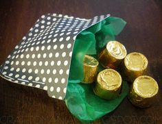 """Easy St. Patrick's Day Craft: """"Sweet"""" Pot of Gold"""