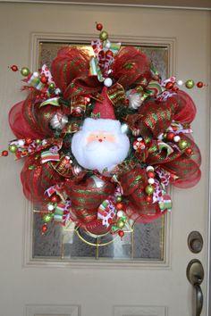 holiday, decor, project, idea, craft, santa mesh, mesh wreaths, santa wreath, christma