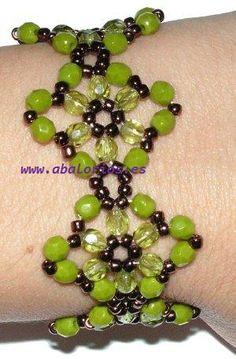 Free DIY tut - beaded bracelet tutorial