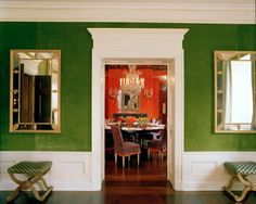 mirror, wall colors, dining rooms, living rooms, green walls, tory burch, drawing rooms, kelly green, shades of green