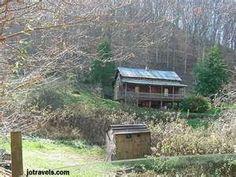 """Loretta Lynn's (""""Coal Miner's Daughter"""") home in Butcher Holler, Kentucky"""