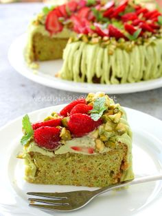 Pistachio Strawberry Cake