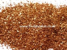 edible-glitter-made-from-gum-arabic-and-lustre-dusts
